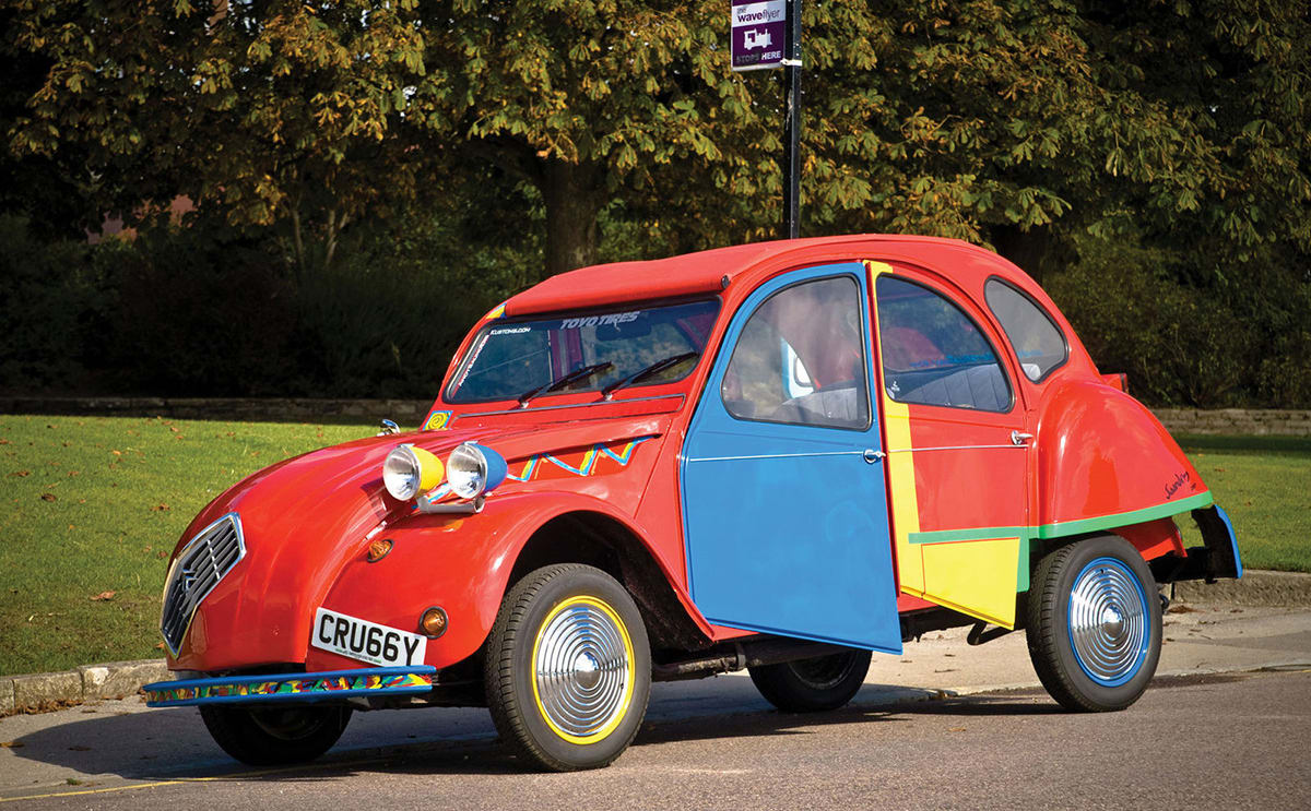this citroen 2cv has been given the picasso treatment
