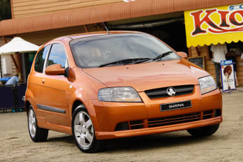 used car review holden commodore vy vy ii 2002 2004 carsguide. Black Bedroom Furniture Sets. Home Design Ideas