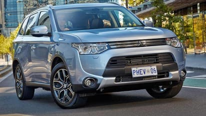 Mitsubishi outlander review 2014