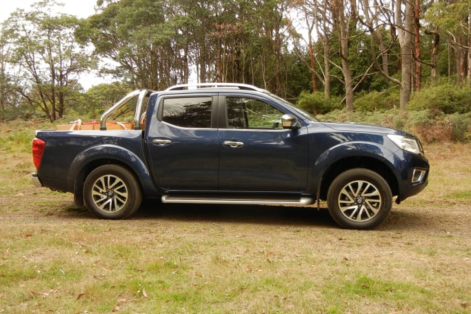 Progressive Snapshot Reviews >> Nissan Navara ST-X Dual Cab 2017 review | CarsGuide