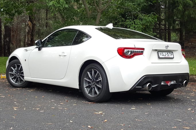 Toyota Celica 2017 Price >> Toyota 86 GT manual 2017 review | CarsGuide