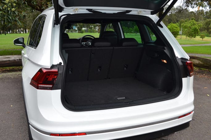 volkswagen tiguan 162tsi r line 2017 review carsguide. Black Bedroom Furniture Sets. Home Design Ideas