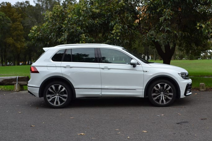 Elegant Volkswagen Tiguan 162TSI RLine 2017 Review  Road Test