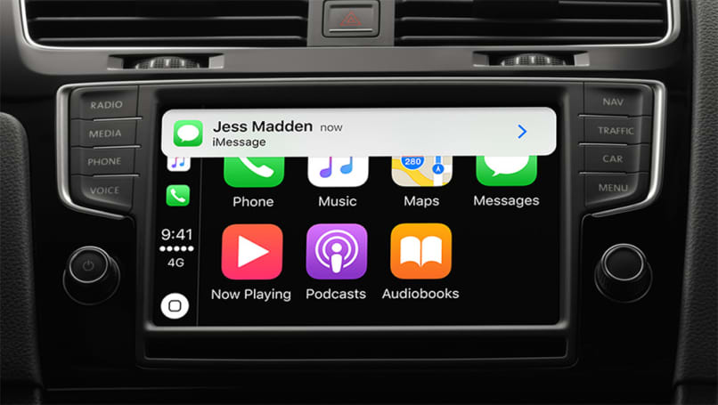 what are apple carplay and android auto car advice carsguide. Black Bedroom Furniture Sets. Home Design Ideas