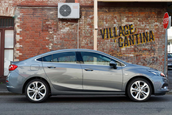 Holden Astra Sedan Review Carsguide