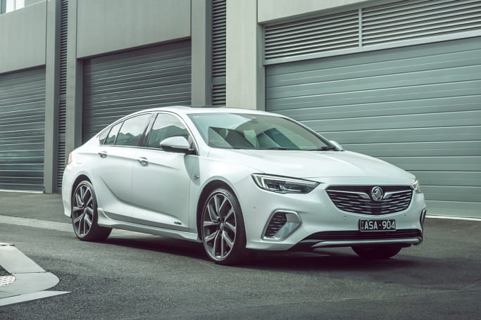 Holden Commodore 2018 Review Carsguide