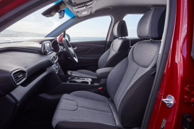 hyundai santa fe 2019 review   carsguide