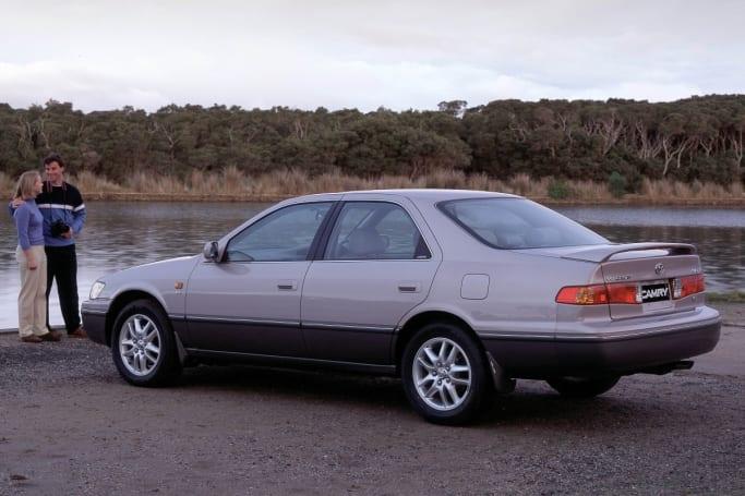 The Luxury Sports V6 Azura Sedan.