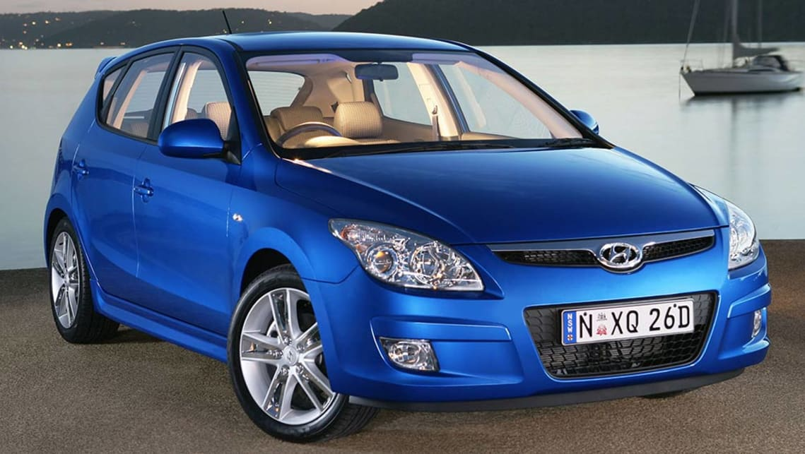 hyundai i30 used review 2007 2015 carsguide. Black Bedroom Furniture Sets. Home Design Ideas