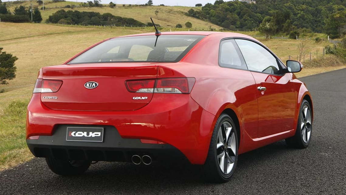 kia cerato koup used review 2009   2016 carsguide