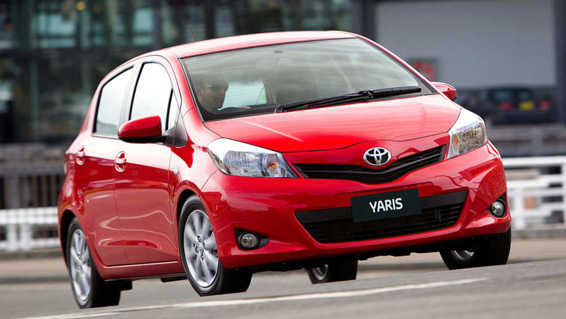 2005 toyota yaris review