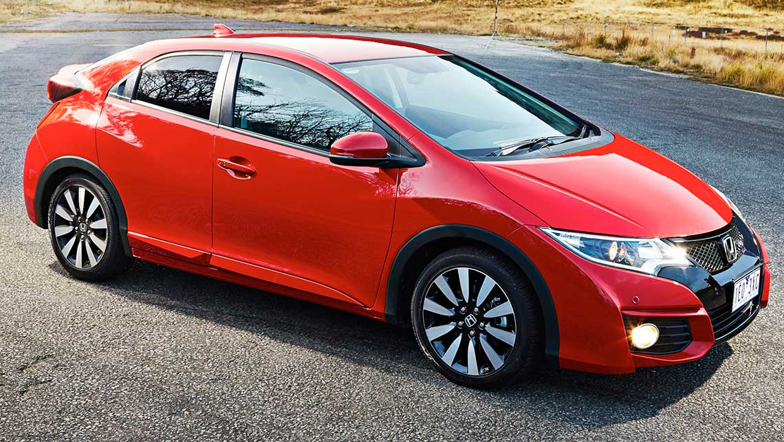 Honda Civic Hatch 2015 review | CarsGuide