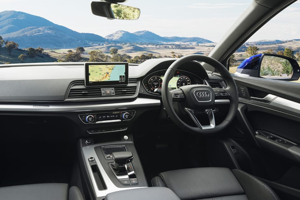 audi q5 sport 2017 review snapshot carsguide. Black Bedroom Furniture Sets. Home Design Ideas