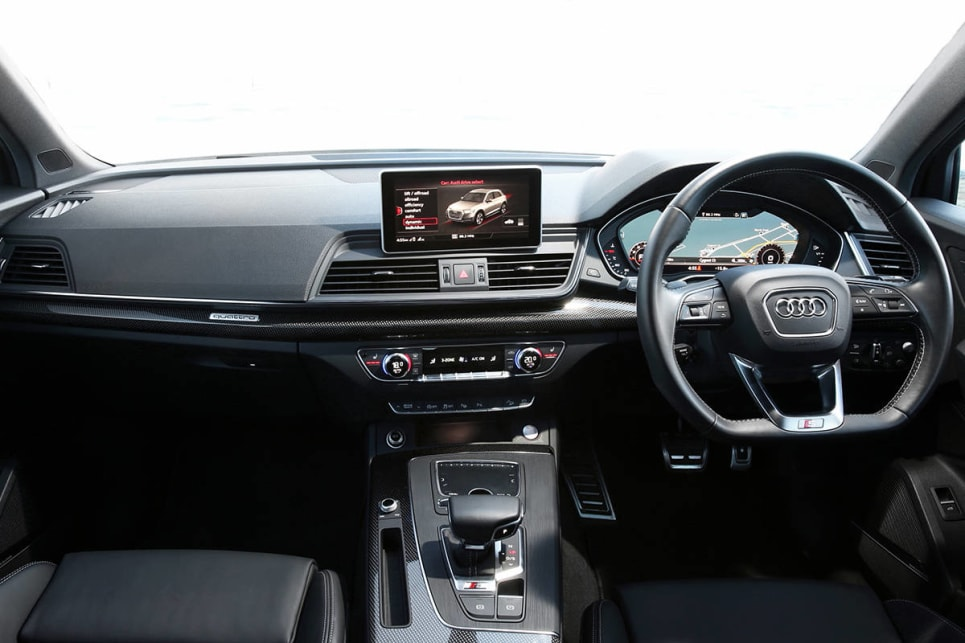 The Q5's cabin is completely new.