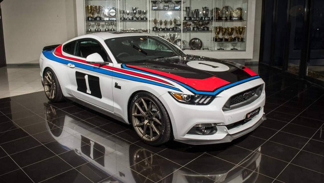 tickford mustang pays tribute  moffats  bathurst   car news carsguide