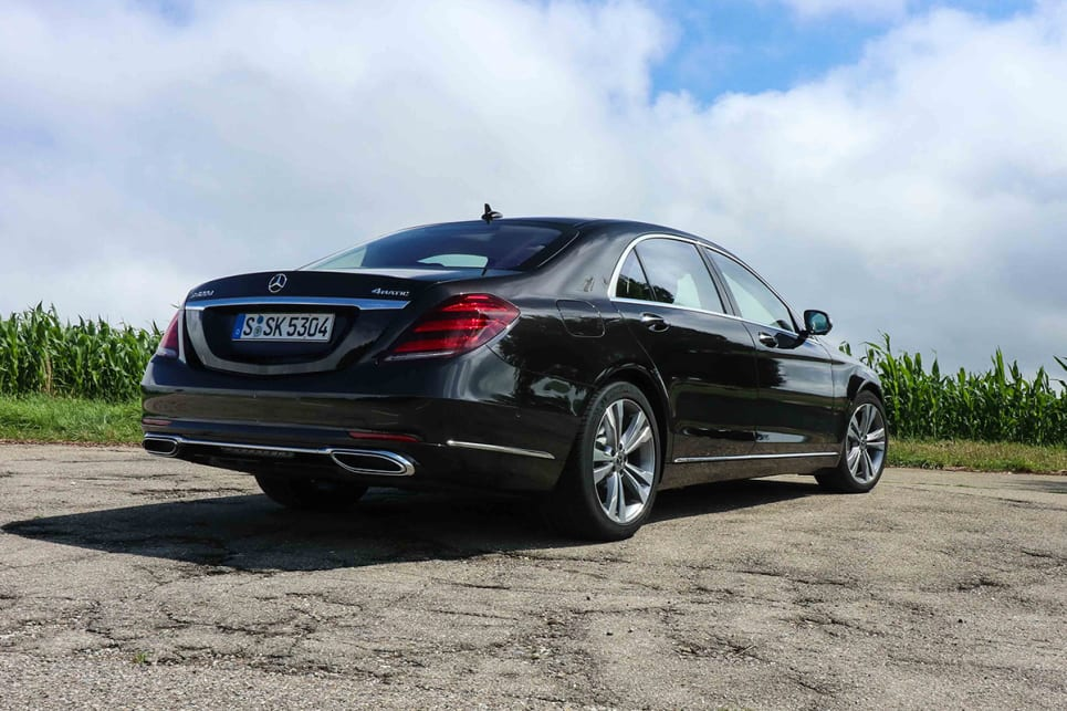 Mercedes benz s class 2017 review carsguide for How much is a 2014 mercedes benz s550