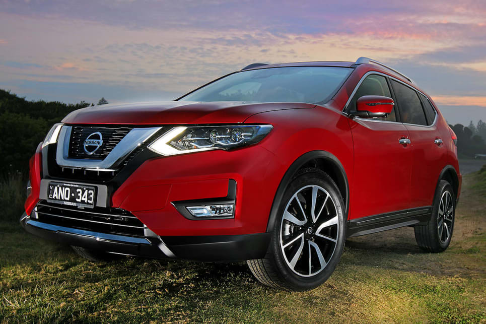 nissan x trail st l 2017 review snapshot carsguide. Black Bedroom Furniture Sets. Home Design Ideas