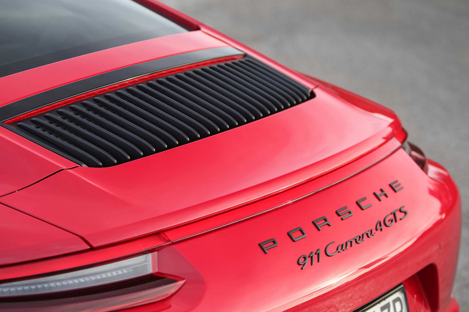 2017 Porsche 911 Carrera 4 GTS Coupe