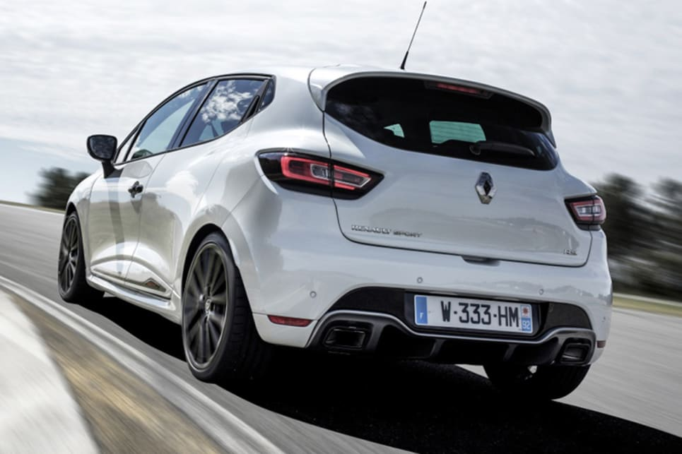 renault clio rs trophy 2017 pricing and spec confirmed car news carsguide. Black Bedroom Furniture Sets. Home Design Ideas