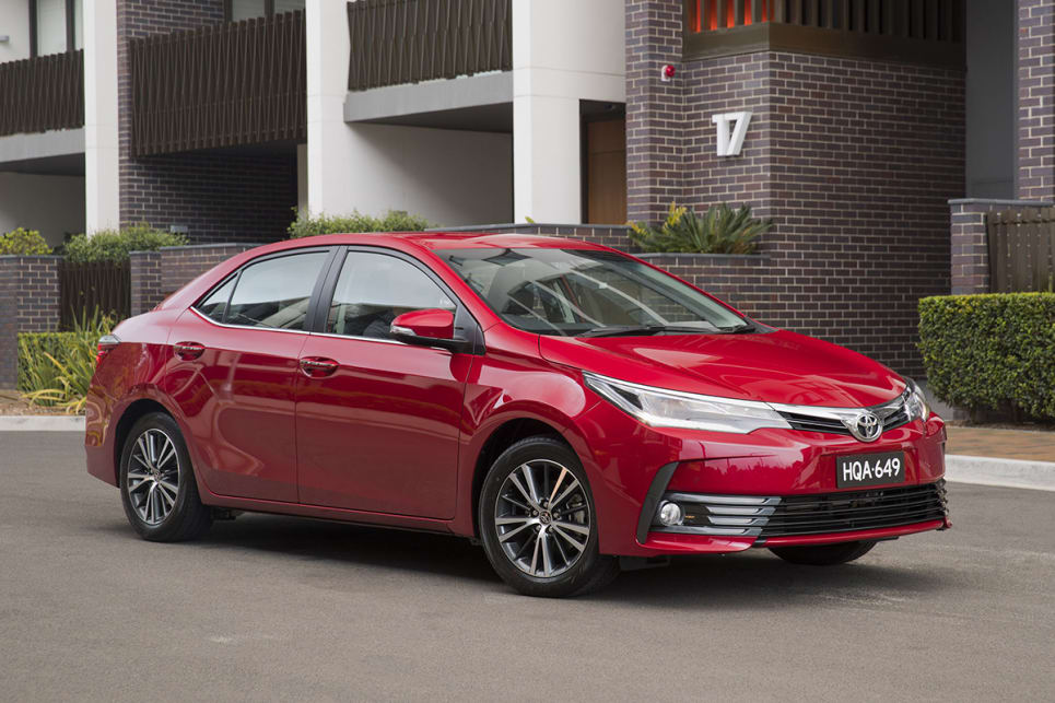 Toyota Corolla ZR sedan 2017 review | CarsGuide