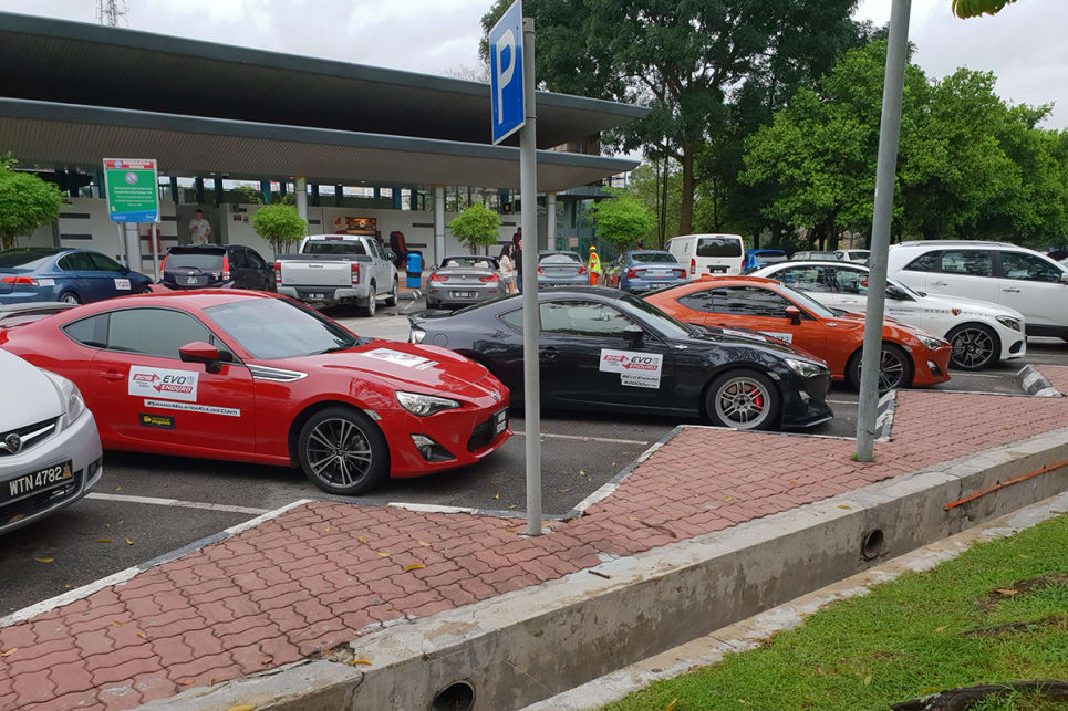 Unlike Australia, 86 car culture in Malaysia hasn't really 'boomed'. It's getting there quickly, however.