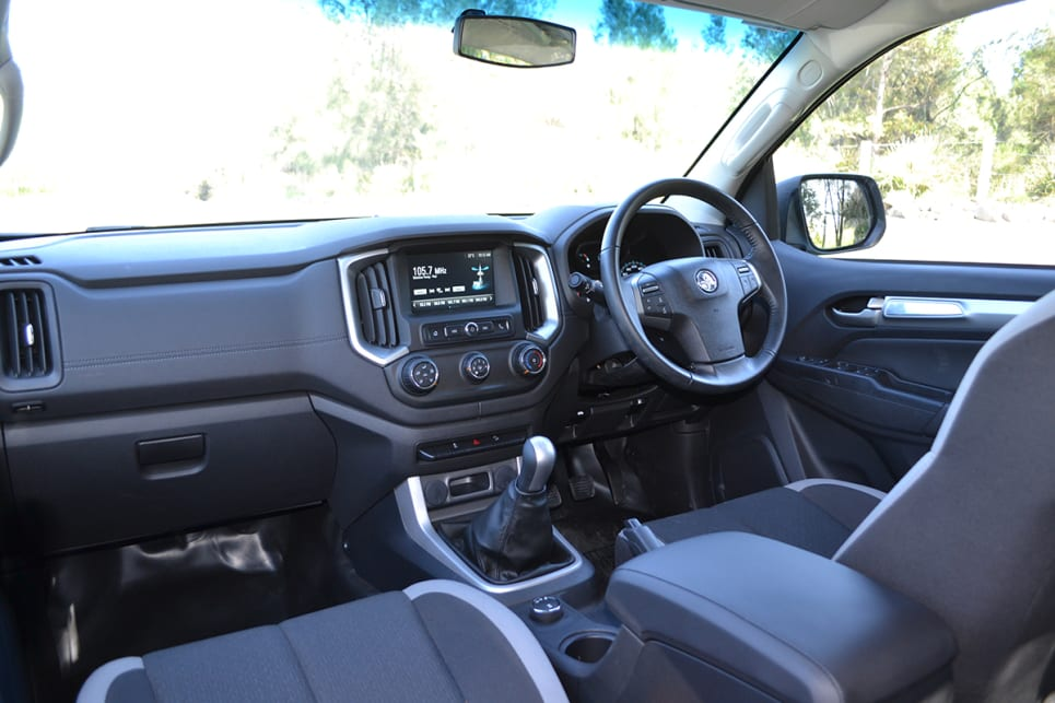 Expert Rating Reviews >> Holden Colorado LSX 2018 review: snapshot   CarsGuide
