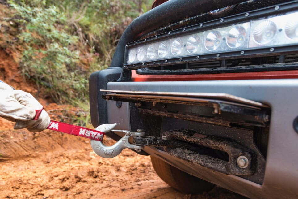 The winch comes with 30 metres of synthetic line.
