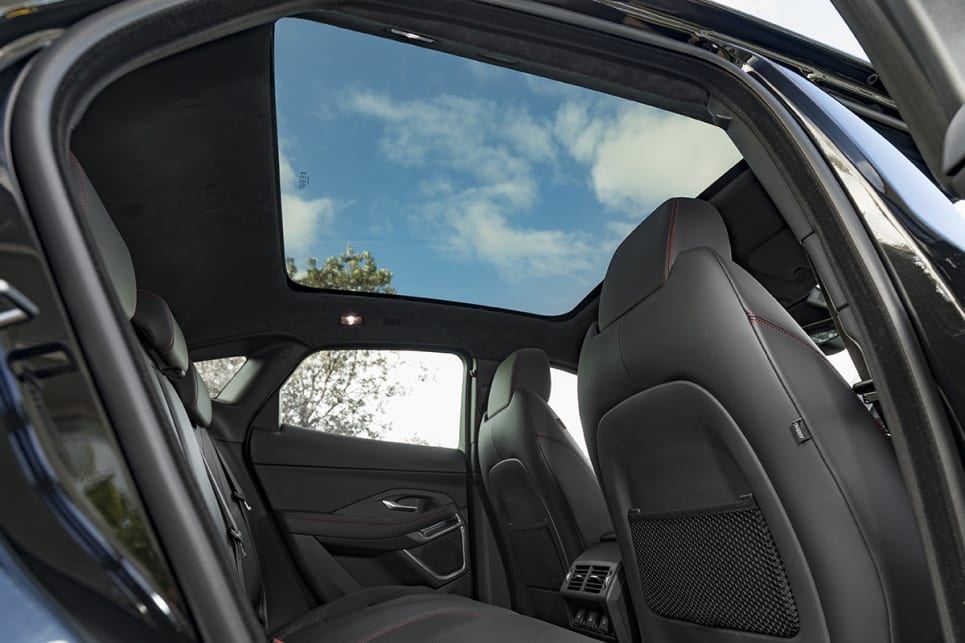 The panoramic roof can be optioned for $2160.