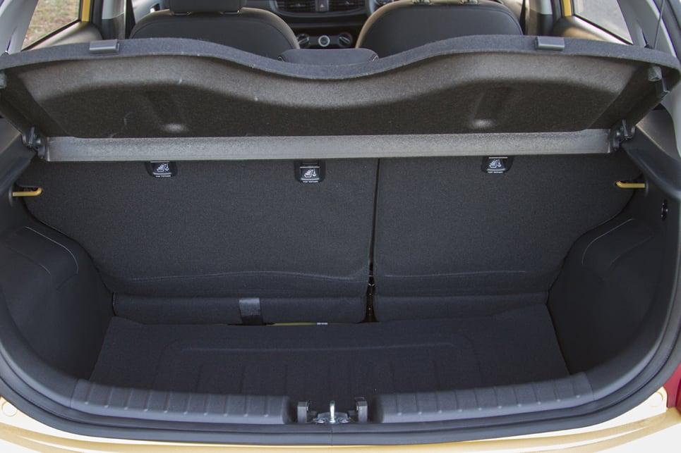 kia morning trunk space