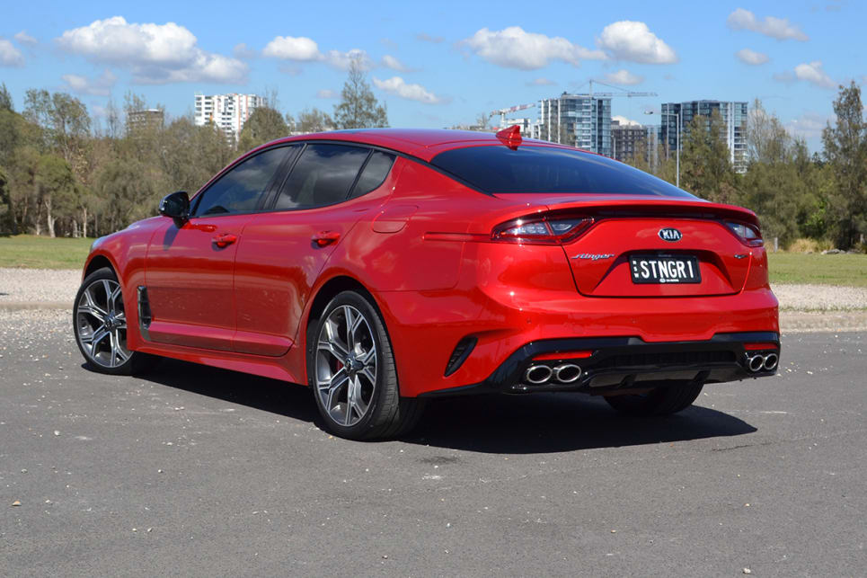 2018 - [Kia] Pro Ceed - Page 5 2018-Kia-Stinger-Sedan-Red-Richard-Berry-1200x800p-13