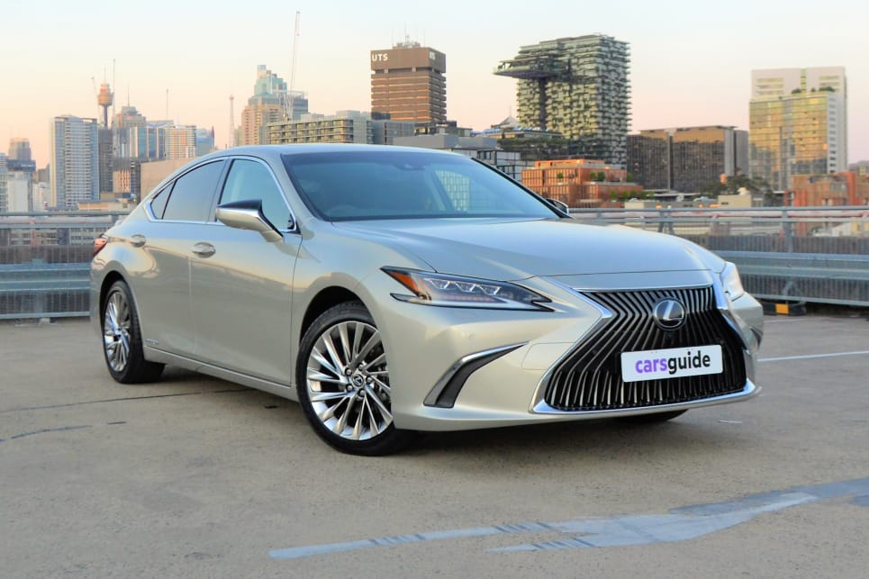 Lexus ES 2019 review | CarsGuide