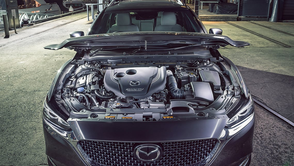 The 2.5-litre four-cylinder petrol engine has also been updated and now delivers an extra 2kW/2Nm for a maximum 140kW at 6000rpm and 252Nm at 4000rpm.