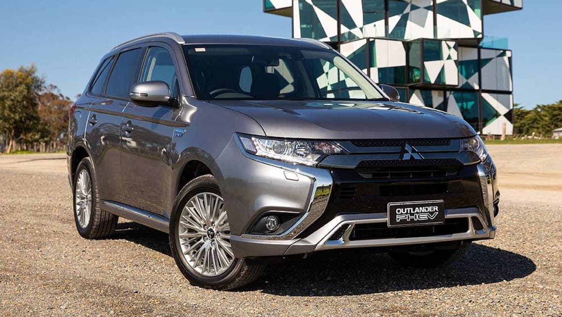 Mitsubishi Outlander PHEV 2019 pricing and specs confirmed - Car News | CarsGuide