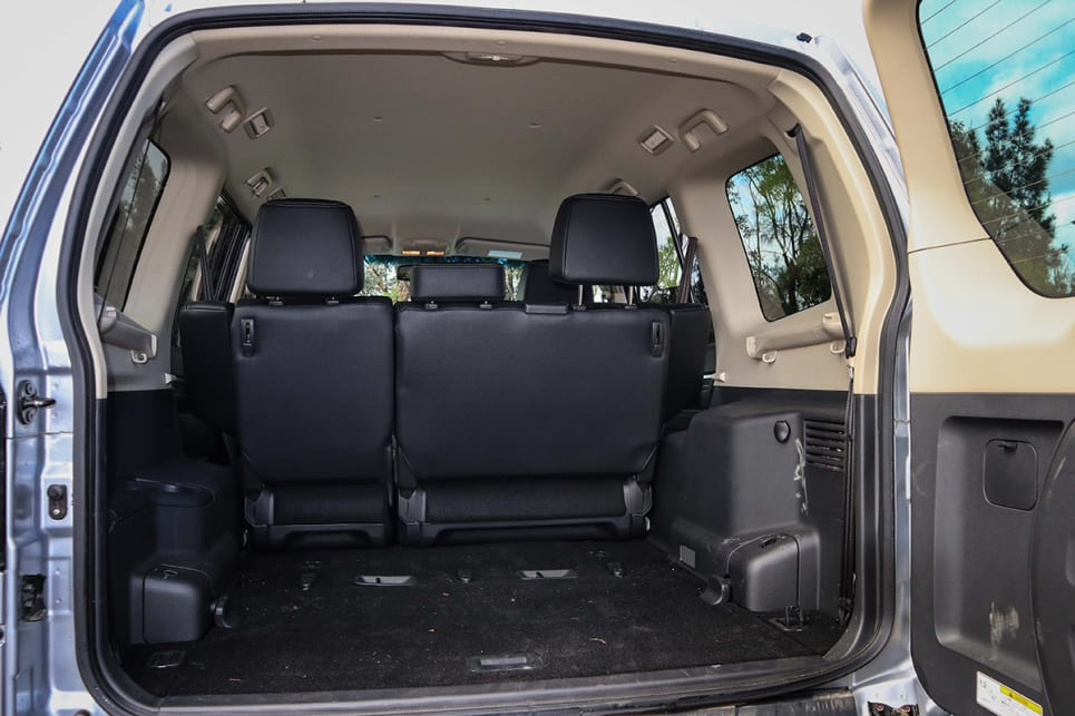 A low floor, high roof and large door aperture make 1069 litres (VDA) of space with the second row in place.
