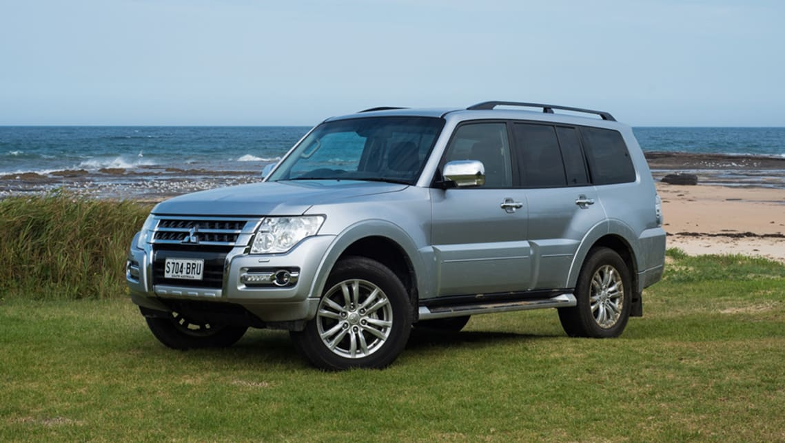 Mitsubishi Pajero GLS 4WD diesel 2018 off-road review | CarsGuide