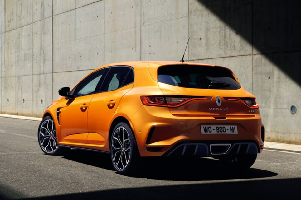 2018 renault megane rs specs. contemporary renault thanks to its new 18litre turbopetrol fourpot unit the megane rs now  punches out 205kw of power and 390nm torque and 2018 renault megane rs specs 0