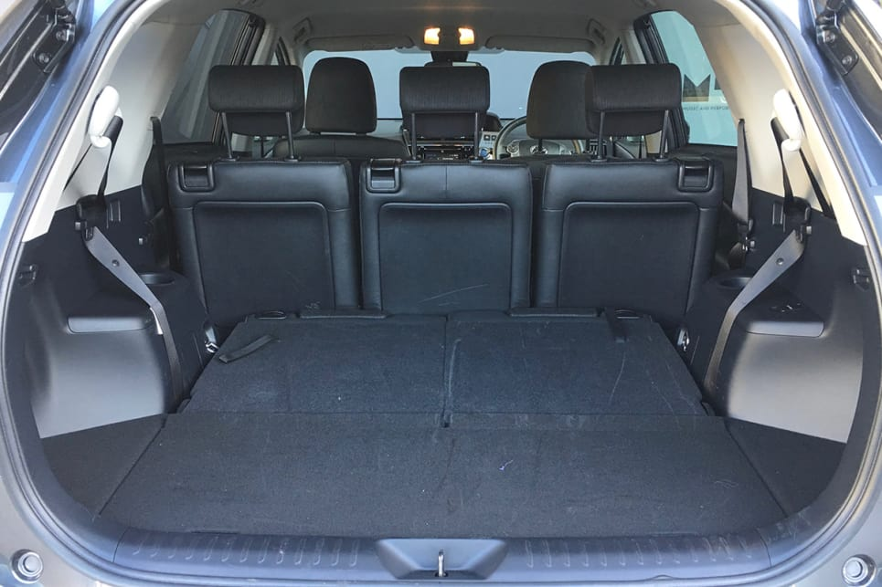 toyota prius v 2018 review carsguide. Black Bedroom Furniture Sets. Home Design Ideas