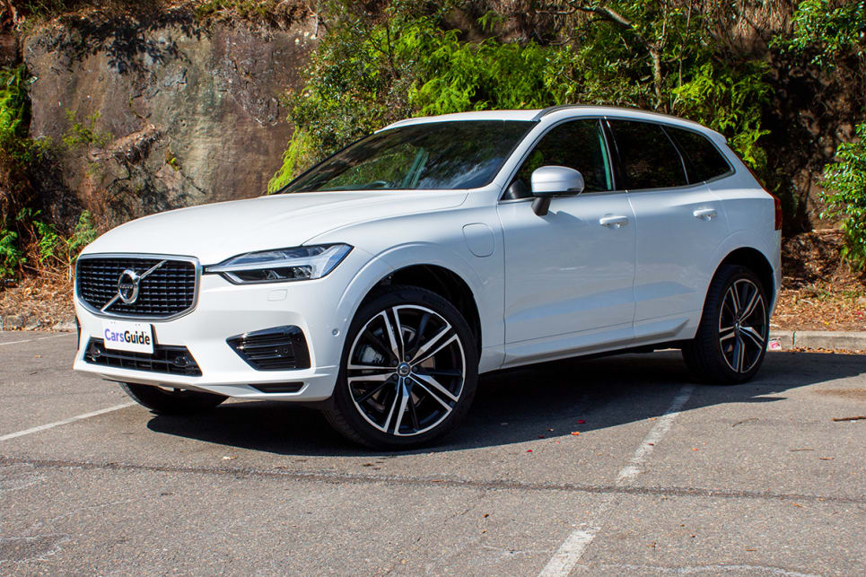 Volvo Xc60 R Design T8 2018 Review Carsguide
