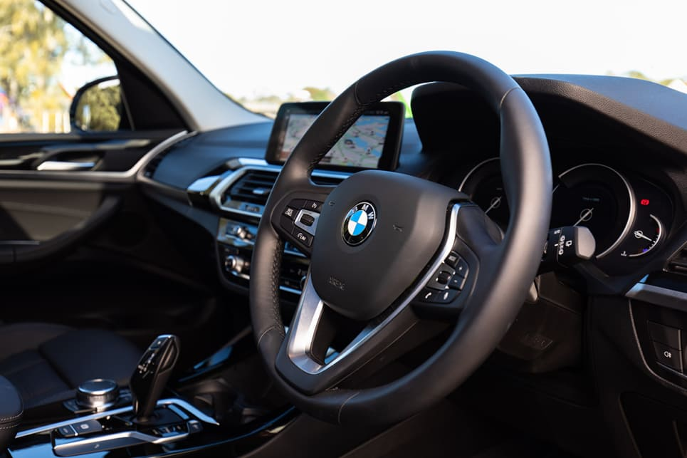 There's a leather steering wheel but it doesn't have the fancy flat-bottomed shape you might find in competitors.