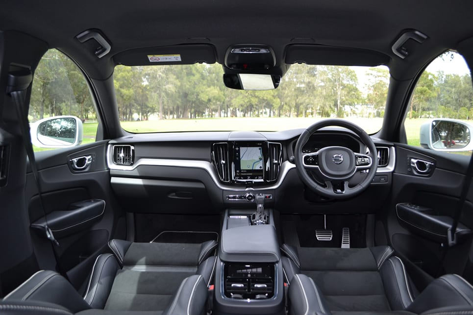 Volvo Xc60 R Design 2018 Review Snapshot Carsguide
