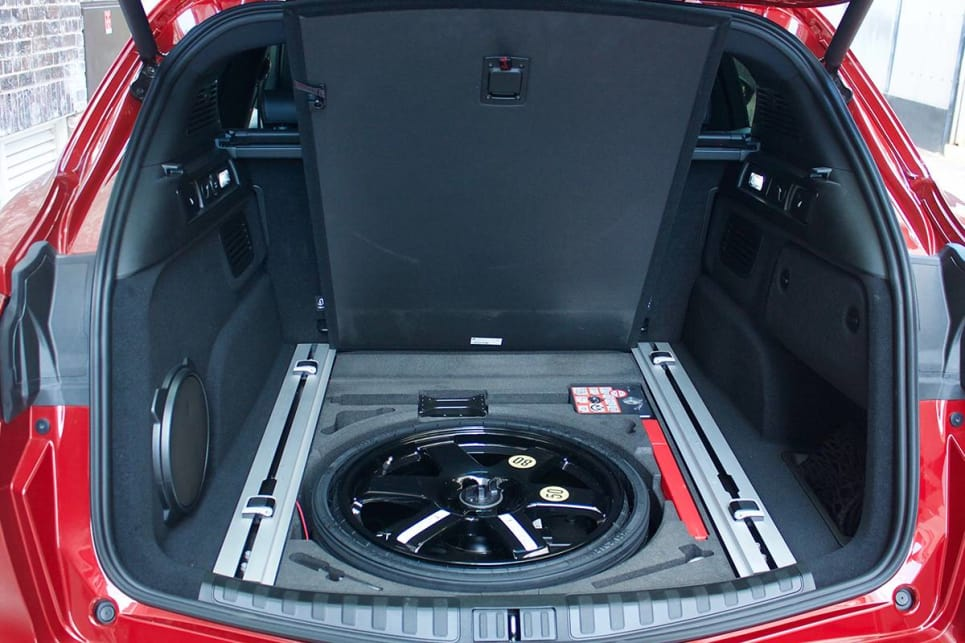 Under the boot floor you can get a space-saver (if you option one) or an additional storage spot with a tyre-repair kit.