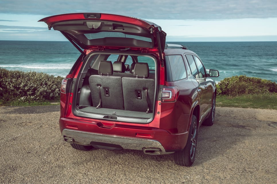 holden acadia  review carsguide
