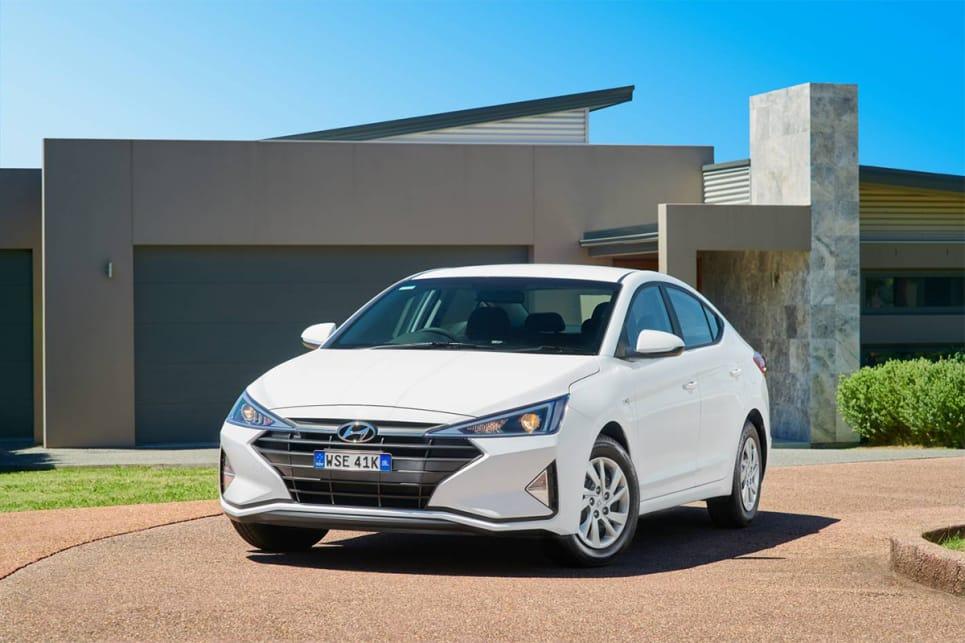 Hyundai Elantra 2019 Pricing And Specs Revealed Car News Carsguide
