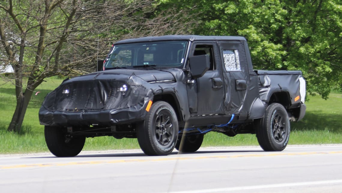 2018 jeep wrangler pickup. brilliant jeep jeep wrangler pickup 2018 spy shots in 2018 jeep wrangler