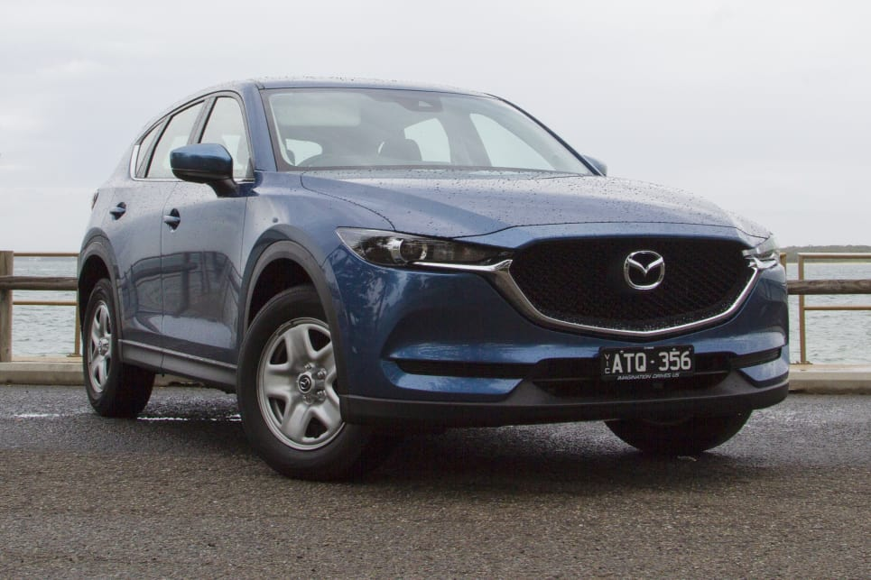 The older 2.0-litre CX-5 was a bit of a gasper, but now we've got the updated 2.5-litre CX-5 Maxx with cylinder deactivation.