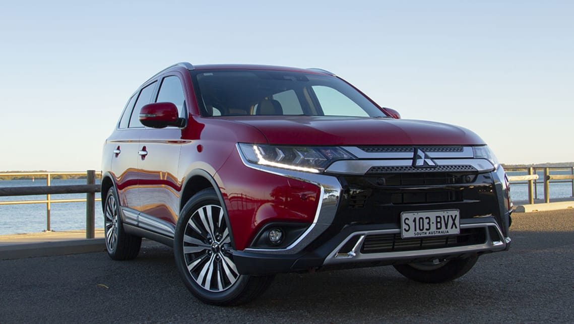 Mitsubishi Outlander 2019 Review Carsguide