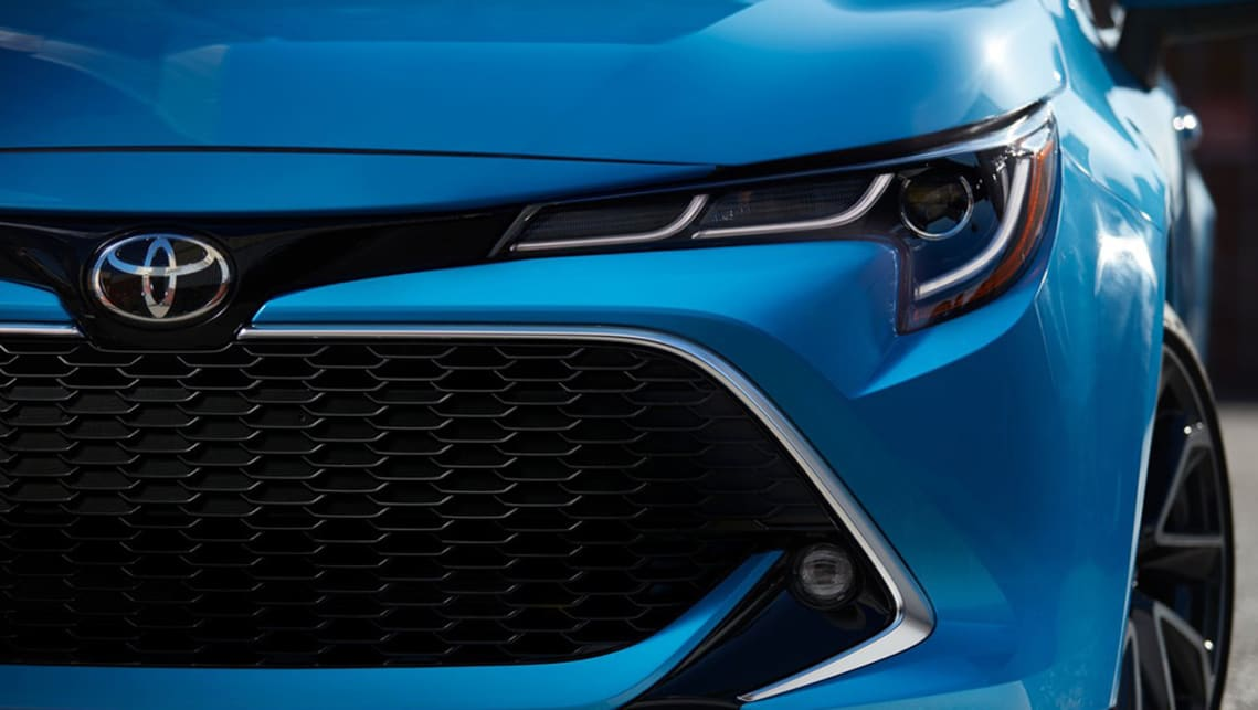Toyota Corolla 2018 Hatch Set For Hybrid In Each Trim Level Car