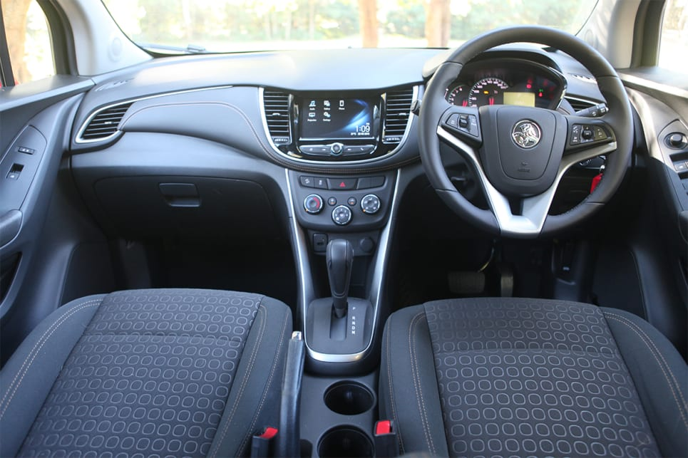 The LS comes with a 7.0-inch colour touchscreen and Holden's MyLink multimedia system.
