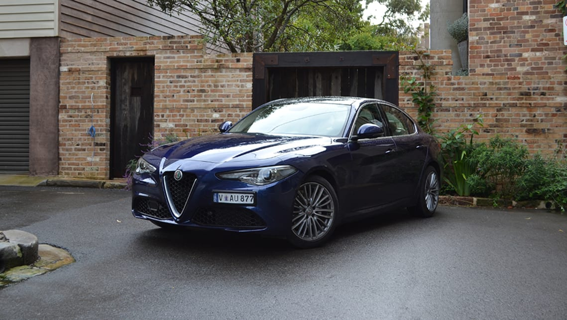 alfa romeo giulia super petrol 2017 review carsguide. Black Bedroom Furniture Sets. Home Design Ideas