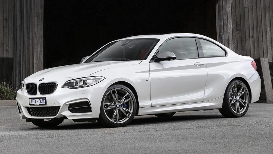 BMW 2 Series M240i Coupe 2016 Review Snapshot